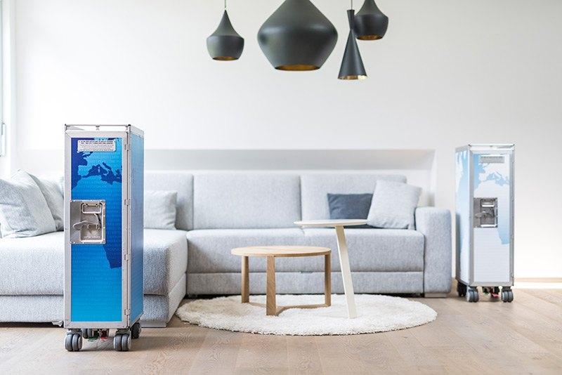 gebrauchte flugzeugtrolleys aufwendig und originalgetreu restauriert und veredelt als exklusives mobel